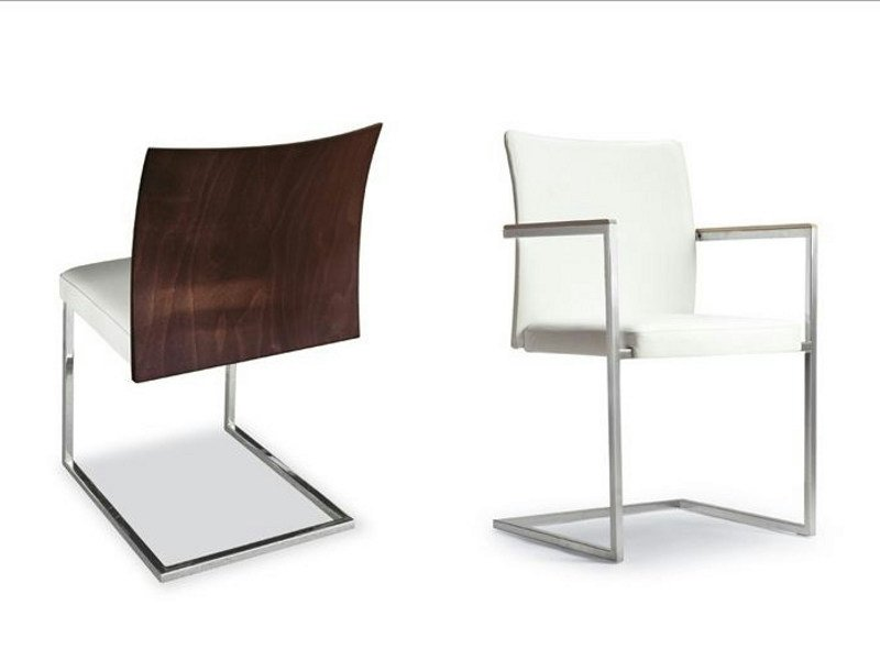 Cantilever upholstered chair with armrests BRAND 912 | Cantilever chair by Tonon