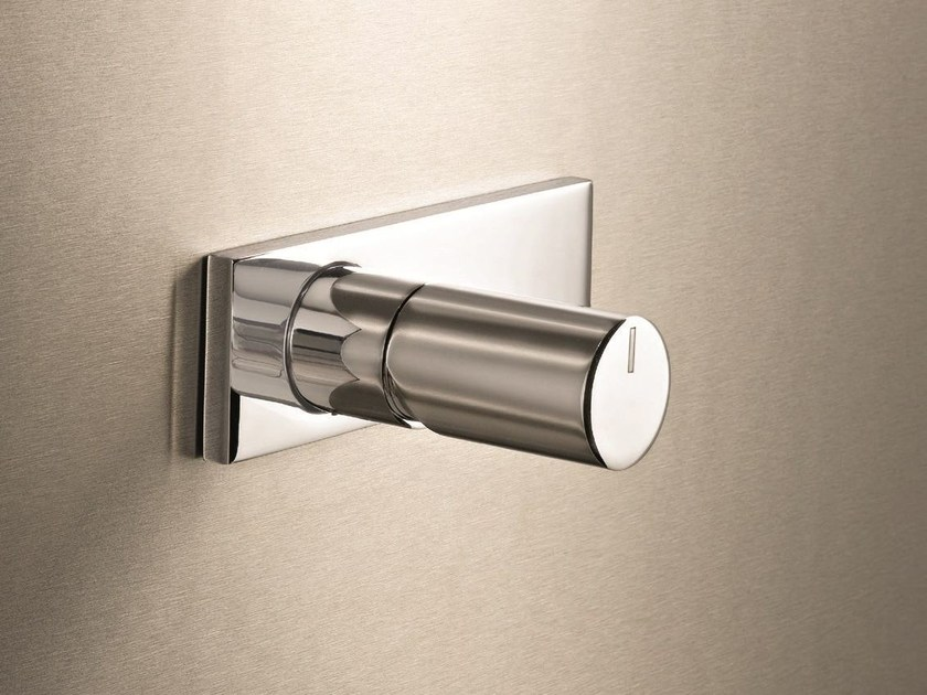 Single handle shower mixer with plate MILANO - D063A/E686B by Fantini Rubinetti