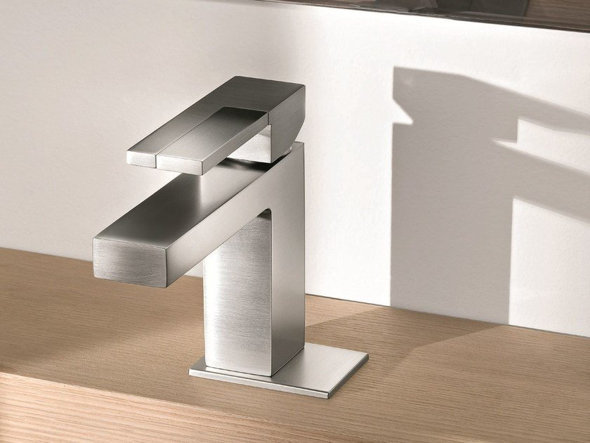 Countertop 1 hole washbasin mixer AR/38 | Washbasin mixer with brushed finishing by Fantini Rubinetti
