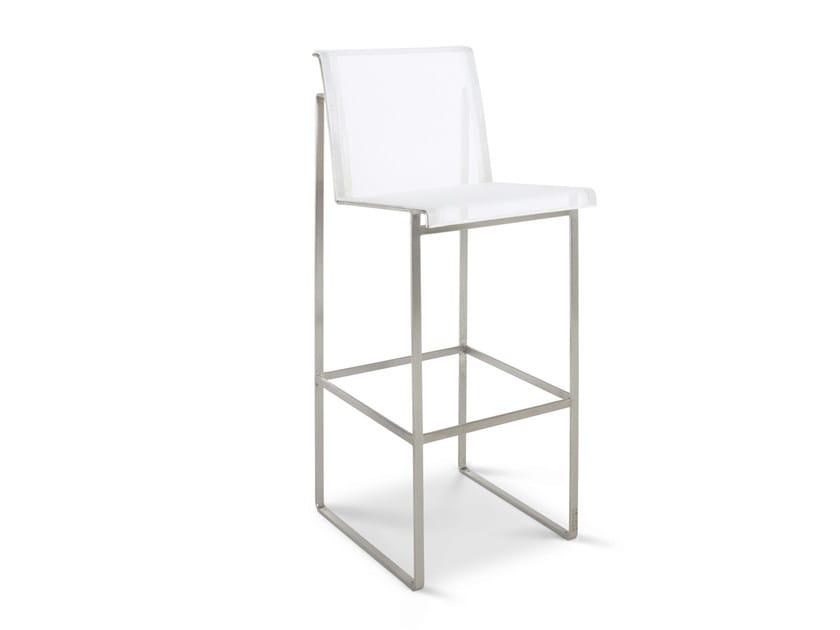 Garden chair with footrest TABURETE by FueraDentro