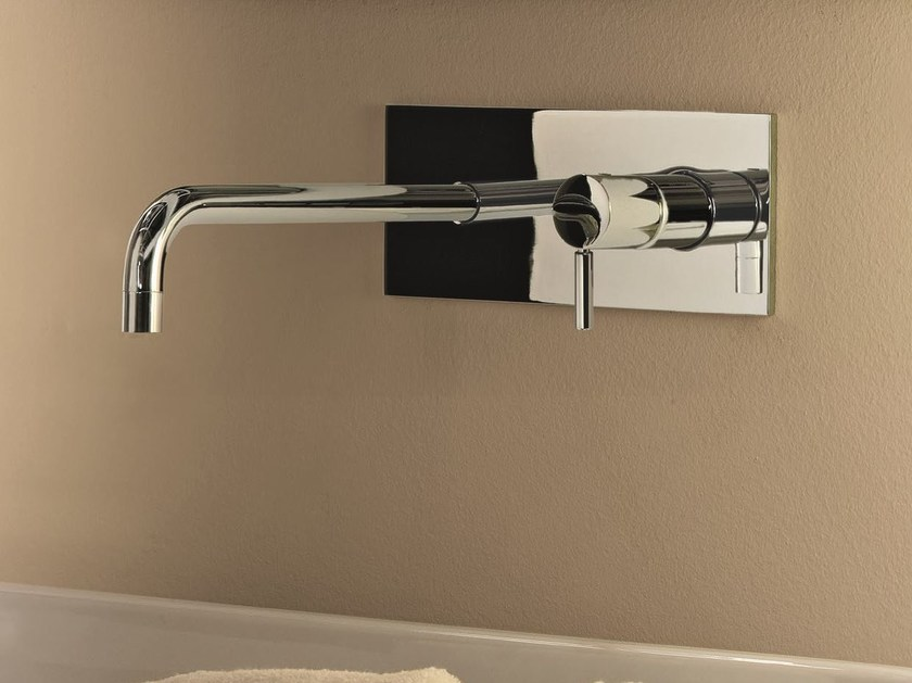 Wall-mounted washbasin mixer with plate NOSTROMO SMALL - D013A/E713B by Fantini Rubinetti