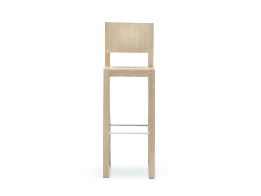 High wooden stool with footrest BRERA | High stool by PEDRALI