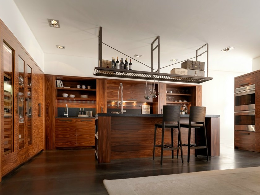 Rosewood kitchen with island NANTÌA ROSEWOOD by TONCELLI CUCINE