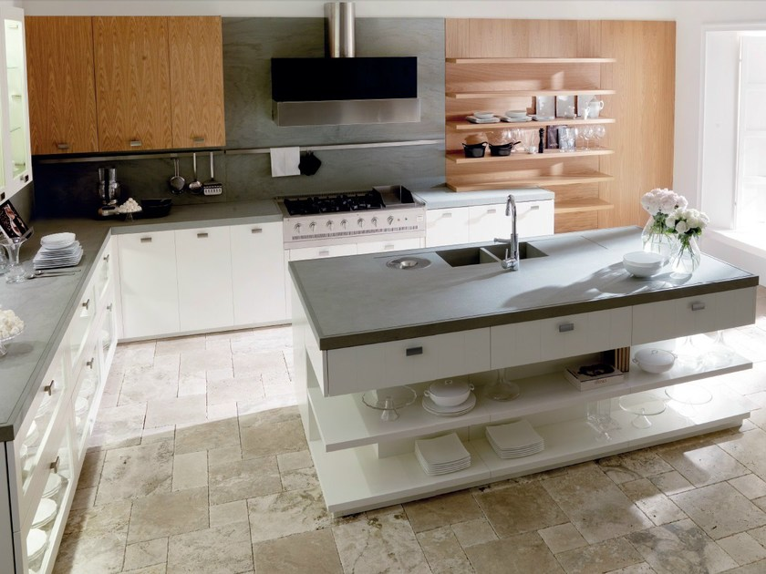 Lacquered oak kitchen with island NANTÌA WHITE OAK By TONCELLI CUCINE