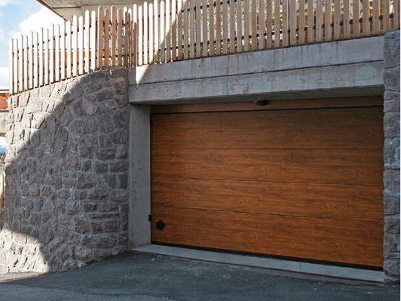 Steel garage door CUPIS by Breda