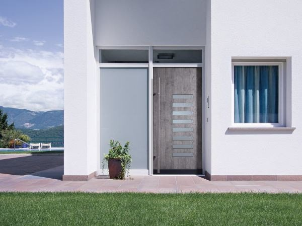 PVC sliding door META by FINSTRAL