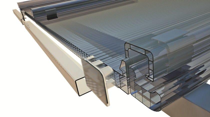 COPERTURA CONTINUA. Realizzazione di coperture continue trasparenti, mediante utilizzo di coprigiunto in policarbonato