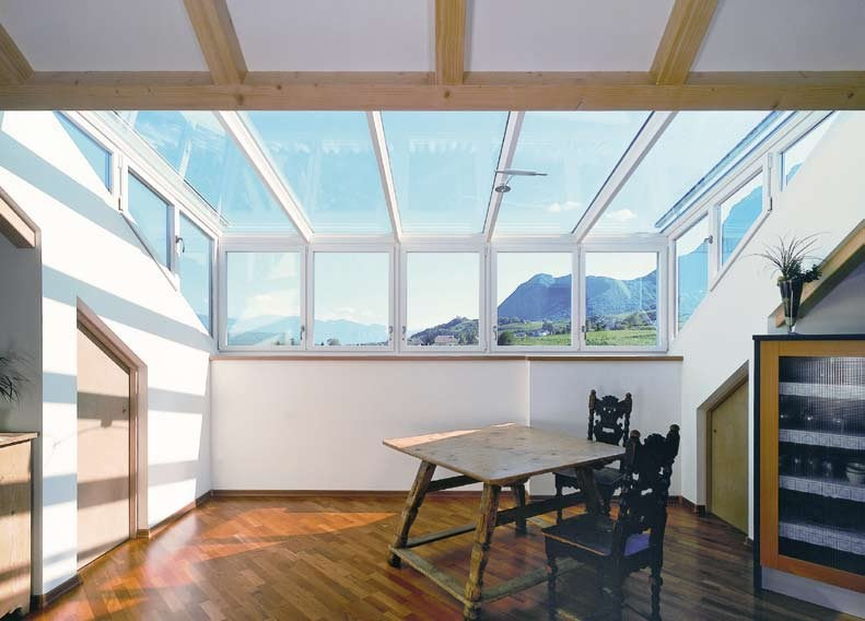 Continuous rooflight Lucernario in vetro by FINSTRAL