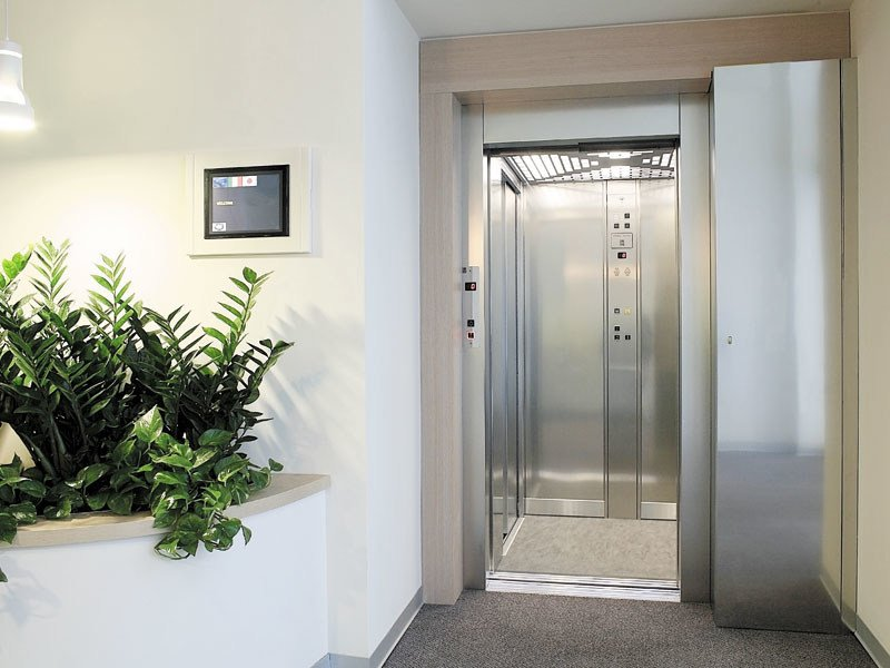 Electric Machine Room-Less custom lift SAVE | Machine Room-Less lift by IGV GROUP