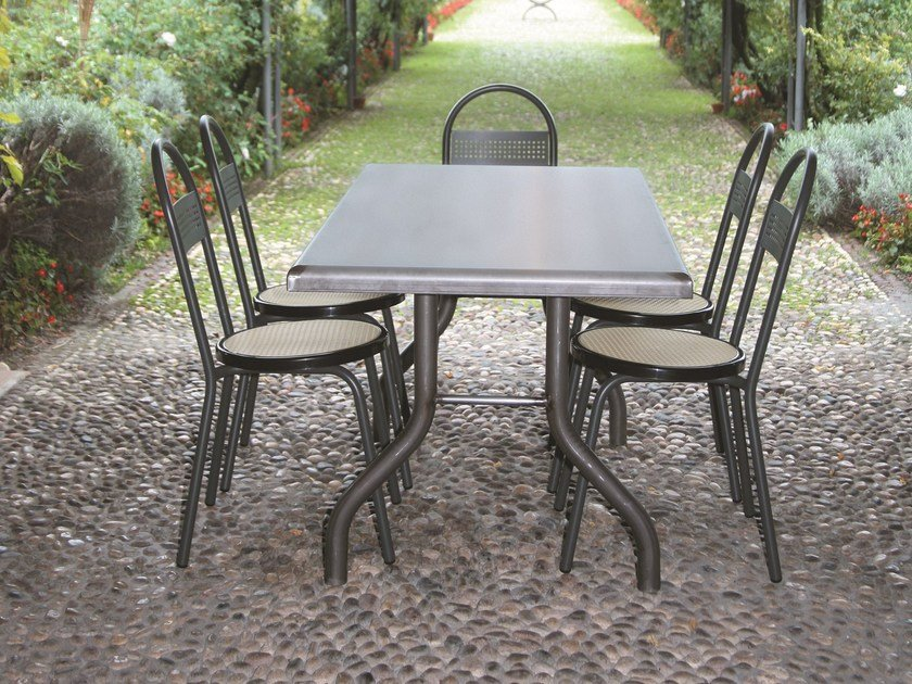 Table for public areas PUPO by SELVOLINA