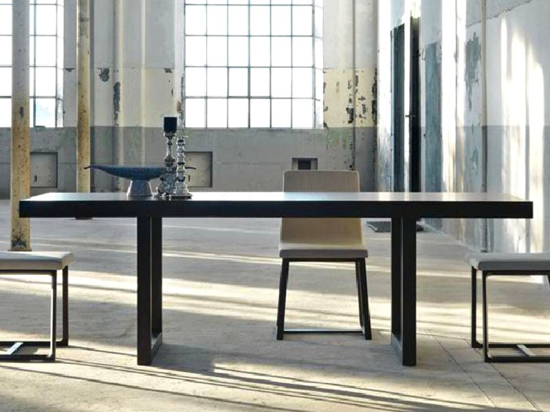Extending dining table KARTESIO by Linfa Design