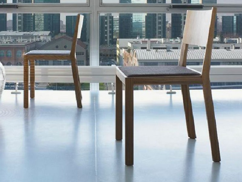 Solid wood chair STELLARIA by Linfa Design