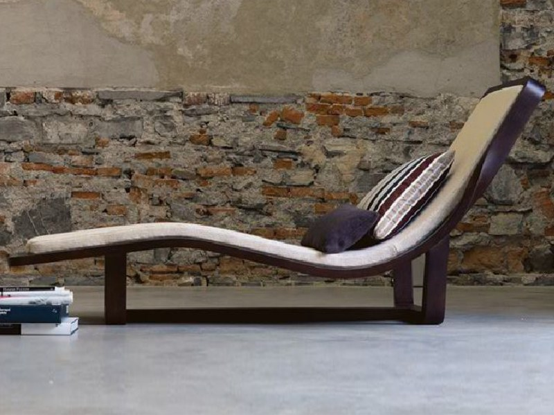 Wooden lounge chair BOOMERANG by Linfa Design
