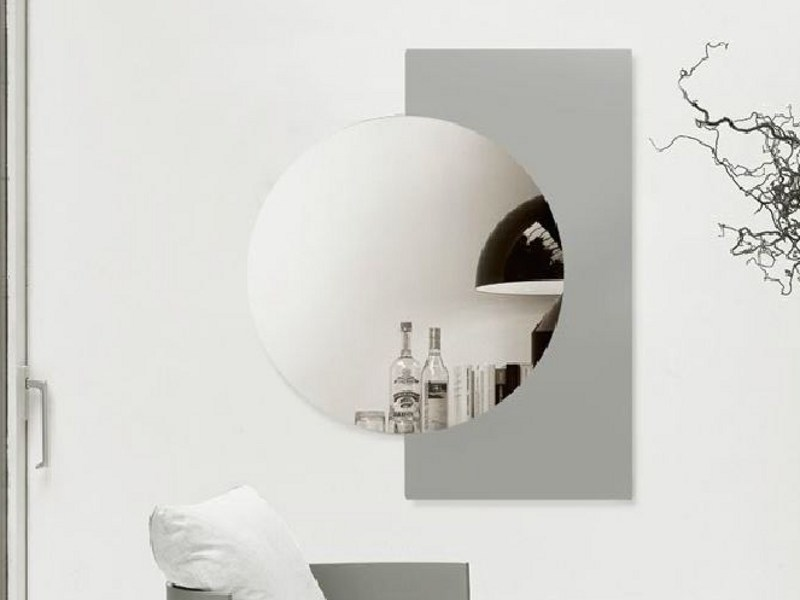 Round wall-mounted mirror LUNA by Linfa Design