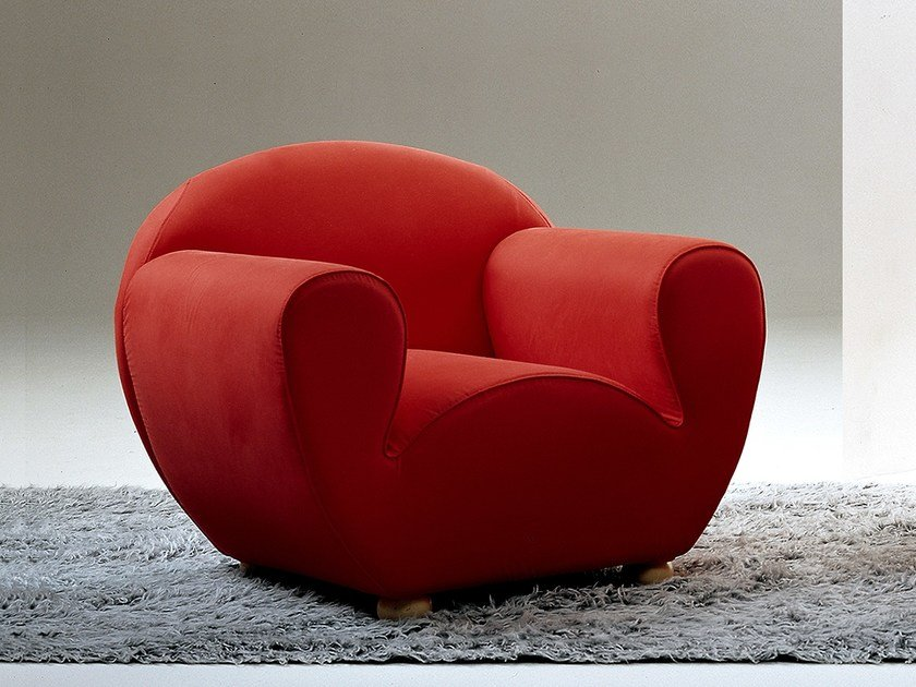 Upholstered fabric armchair L'AGOSTINA | Armchair by Giovannetti