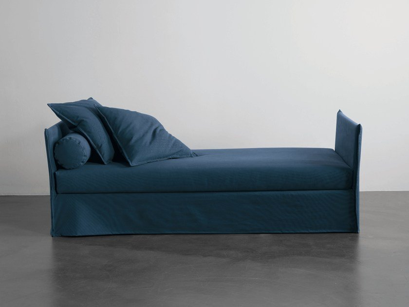 Upholstered fabric day bed FOX | Day bed by Meridiani