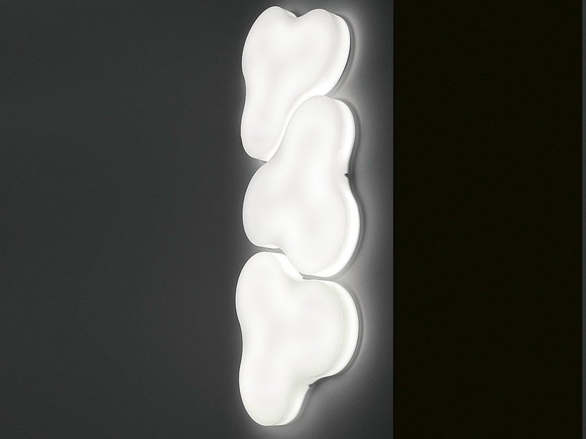 Methacrylate wall lamp TRIFOGLIO | Wall lamp by Martinelli Luce