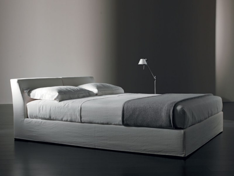 Double bed with removable cover JAMES | Bed by Meridiani