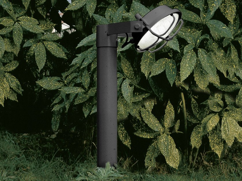 Fluorescent bollard light SISTEMA OUT | Bollard light by Martinelli Luce