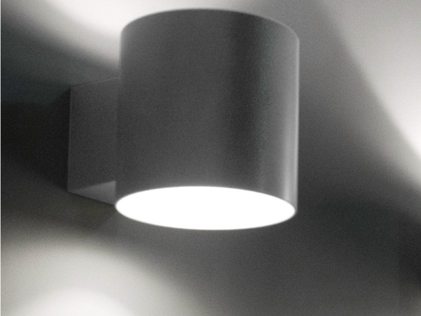 Direct-indirect light wall lamp TUBE by Martinelli Luce