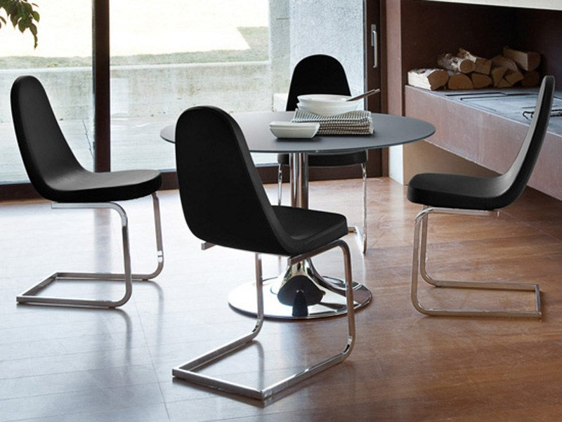 Cantilever upholstered steel chair BLADE-S by DOMITALIA