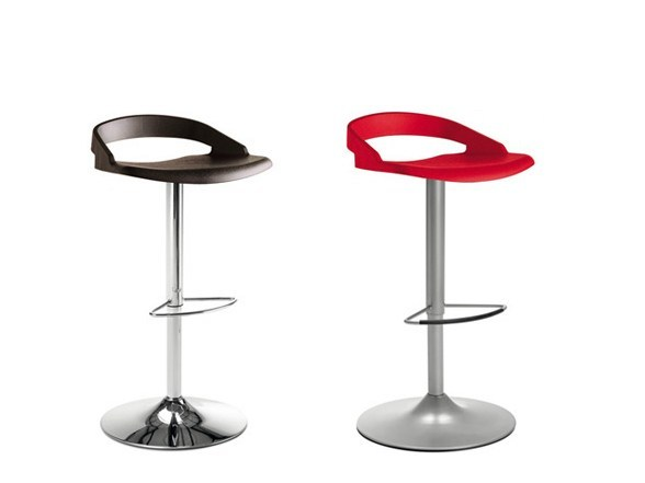 Swivel height-adjustable stool EGO-P-SG by DOMITALIA