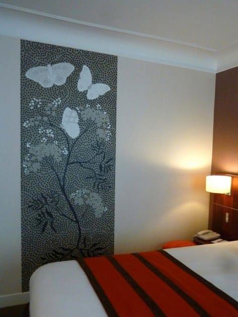 Wallpaper strip BUTTERFLY by CONCEPTUWALL