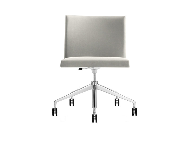 Chair with 5-spoke base with casters MASAI | Chair with casters by arper