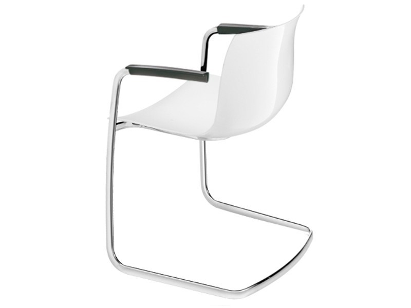 Cantilever chair with armrests CATIFA 53 | Cantilever chair by arper