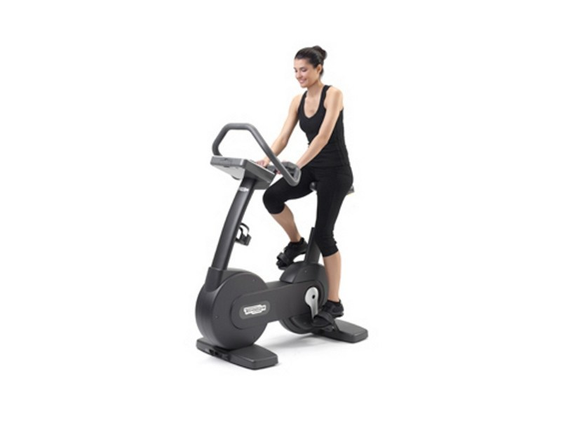 V lo d appartement new bike forma by technogym - Support velo appartement ...