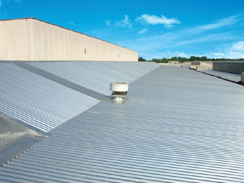 Metal sheet and panel for roof GENUS 2000 by Unimetal