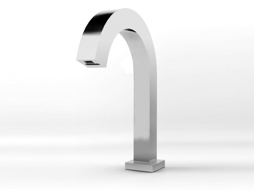 Electronic washbasin tap QUADRO by RUBINETTERIE STELLA