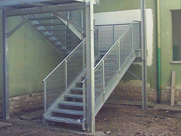 Metal fire escape staircase STATIC by SO.C.E.T.