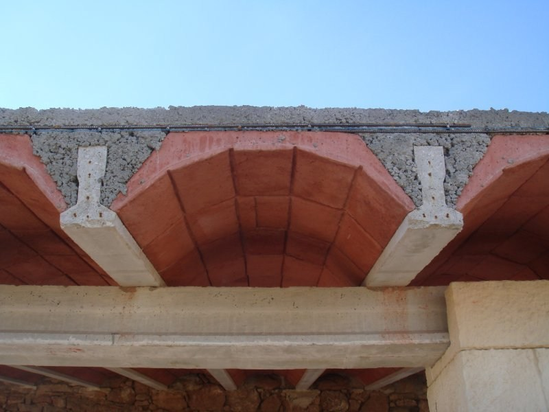 Prefabricated structural element for roof Arch tiles by SAS Italia