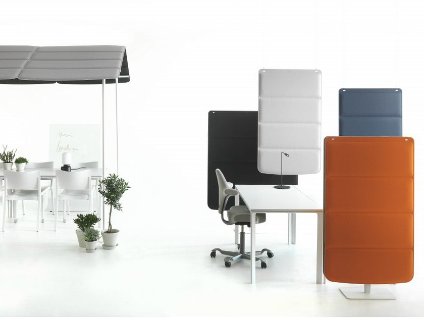 Sound absorbing free standing workstation screen PLAID by Abstracta