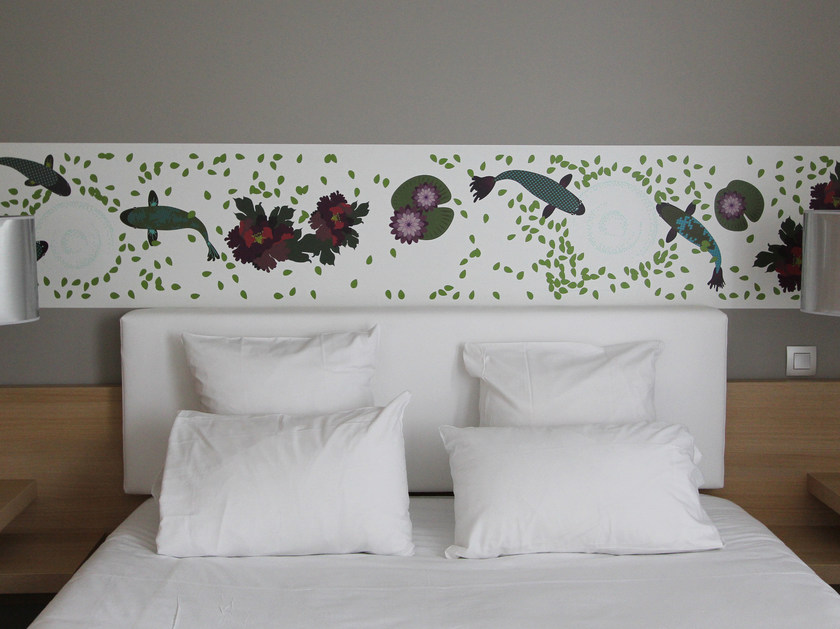 Wallpaper strip KOI by CONCEPTUWALL