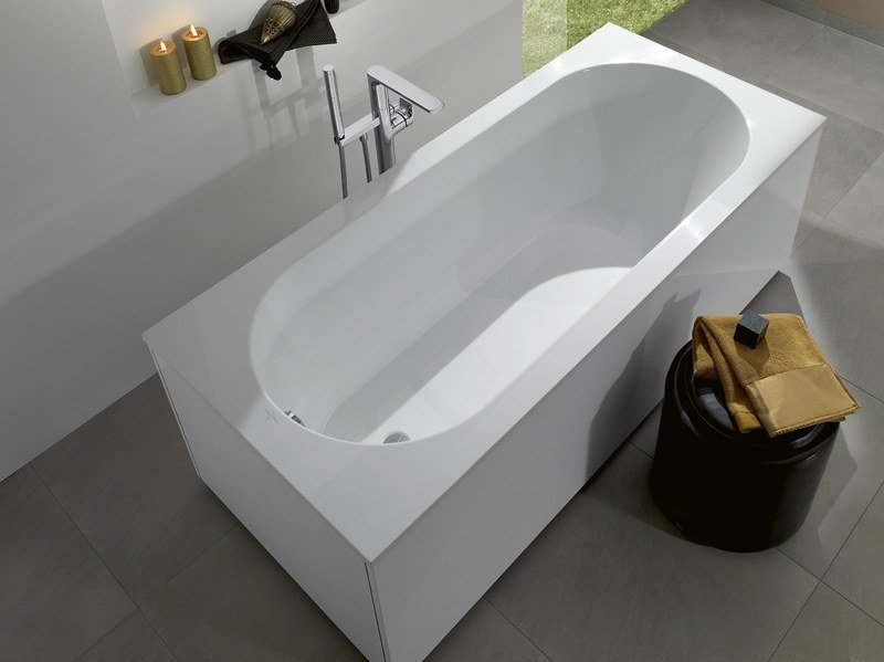 Quaryl® bathtub OBERON | Bathtub by Villeroy & Boch