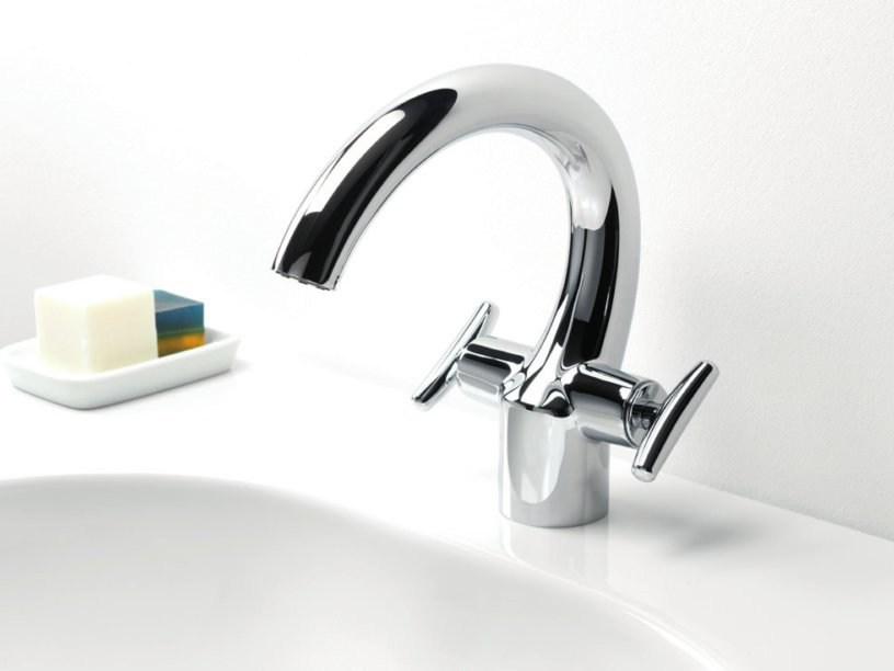Single handle washbasin mixer SELTZ by CRISTINA