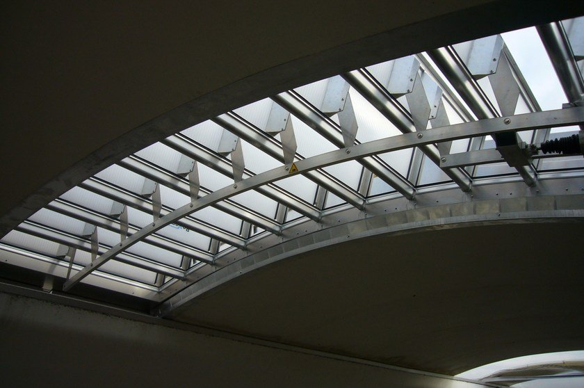 Natural ventilation hse ENFC Curved Louvered by BOVEMA ITALIA