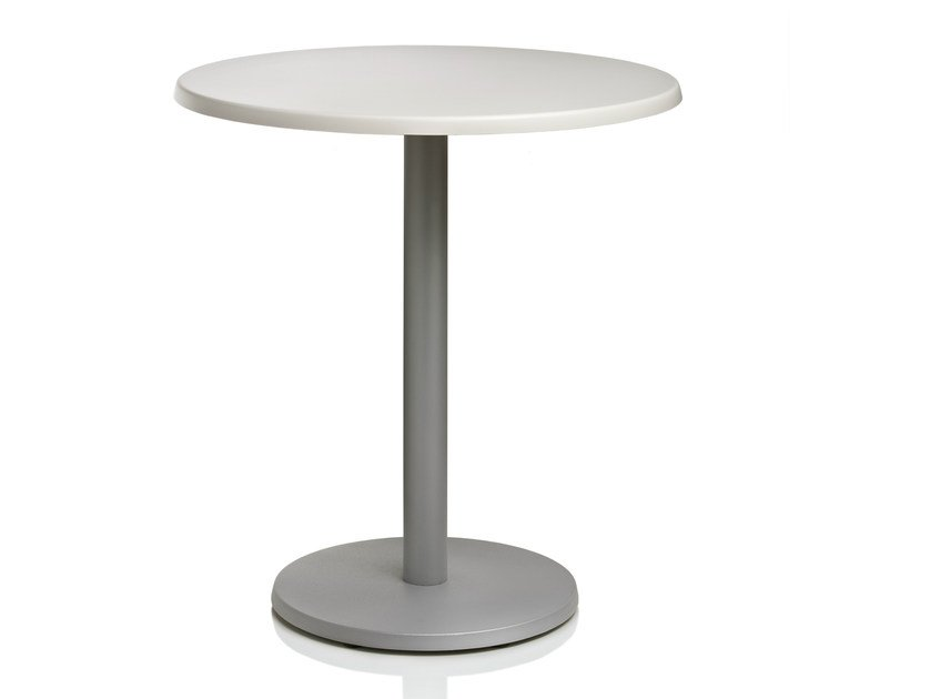 Round laminate table ALGHI | Round table by ALMA DESIGN