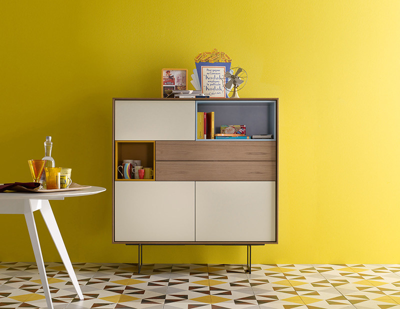 Lacquered solid wood highboard AURA S6 by TREKU