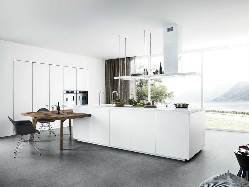 Lacquered kitchen with island without handles CLOE - COMPOSITION 1 by Cesar Arredamenti