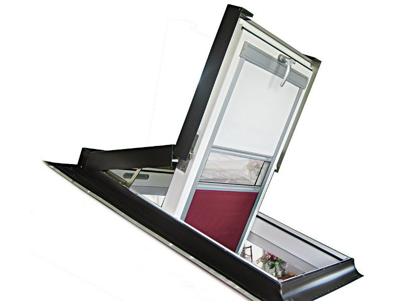 Roof window BC | Roof window by LUXIN