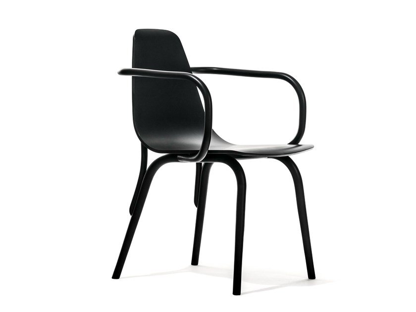 Wooden chair with armrests TRAM | Chair with armrests by TON