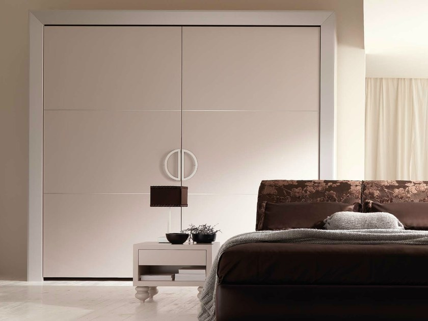 Wooden wardrobe with coplanar doors KEOPE by CorteZari