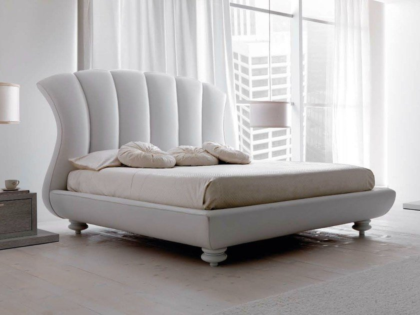 Leather double bed LEON by CorteZari