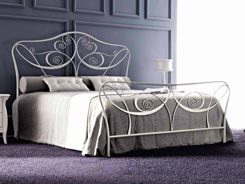 Double bed LEILA by CorteZari