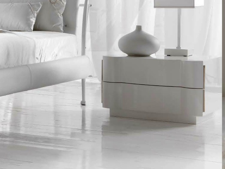 Lacquered bedside table with drawers LEON by CorteZari