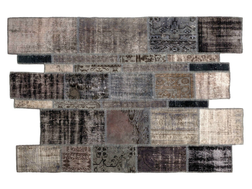 Handmade rug ONLY YOU | Rug with geometric shapes by Sirecom Tappeti