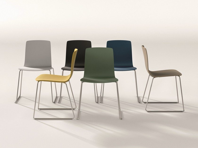Sled base plastic chair AAVA | Plastic chair by arper